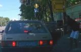 Полицейские Днепра, абразивные отходы от автомобилей, наказаны