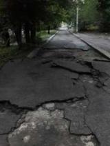 После дождя новые пути в Запорожье разлетелись в клочья