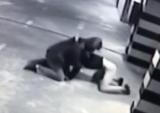 В Киеве мужчина охранник зарядное устройство для электромобиля избили и украли